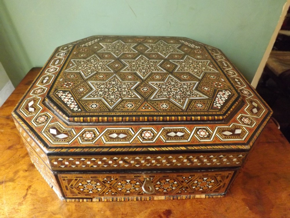 early c20th inlaid syrian jewellery casket