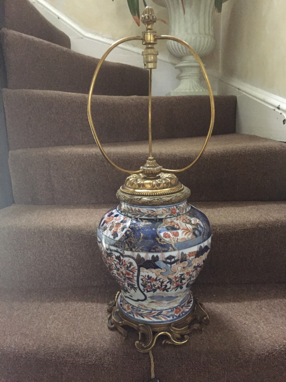 early c19th chinese 'imari ' porcelain lamp