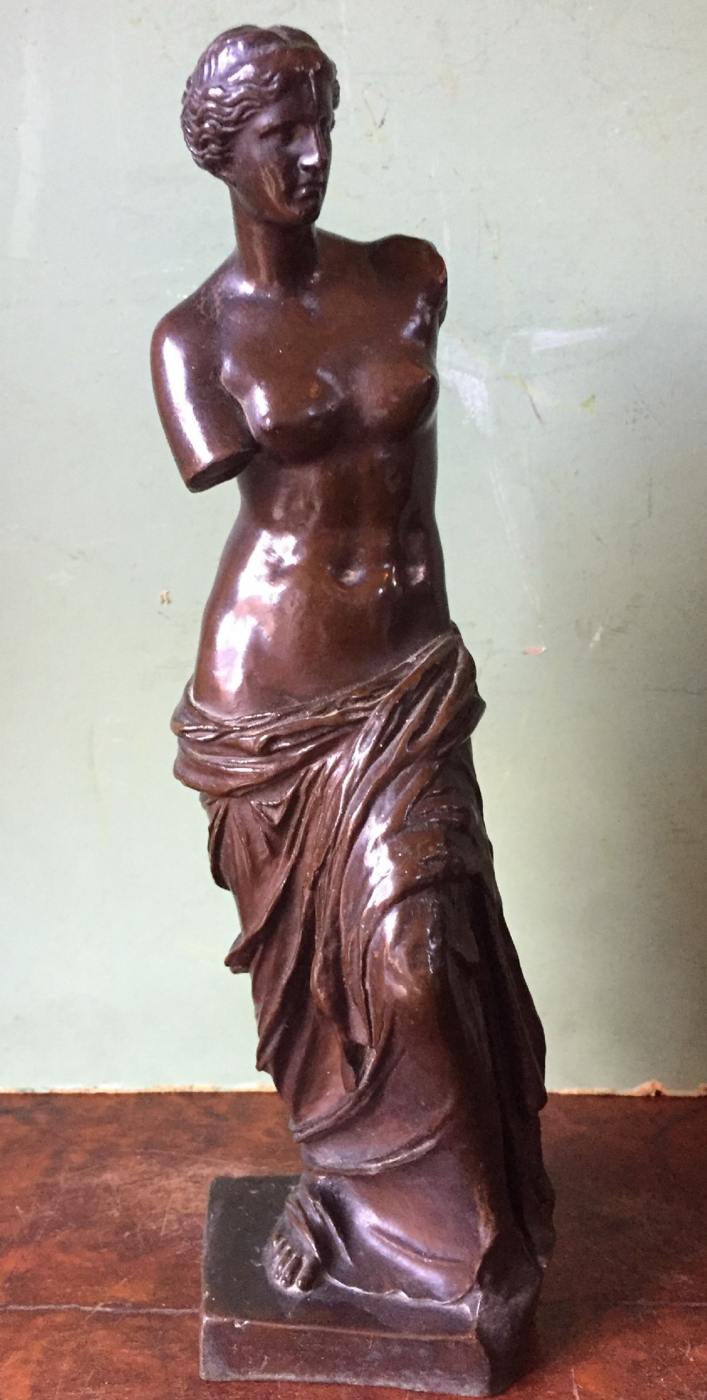 late c19th 'grand tour' souvenir bronze reduction of the 'venus di milo' by ferdinand barbedienne foundry paris